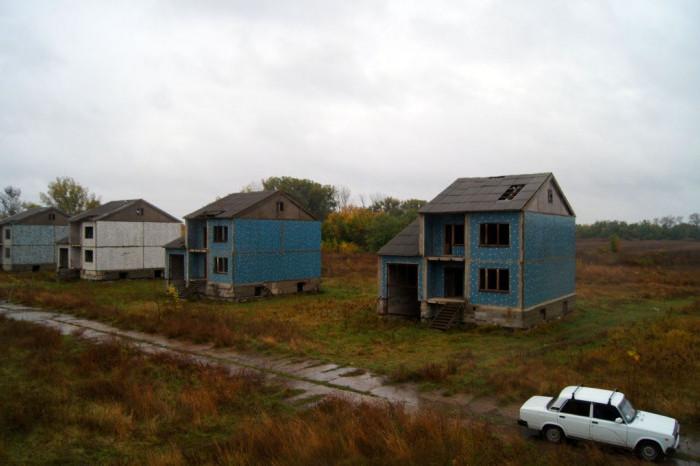Аналитики подсчитали стоимость проблемных коттеджных поселков Ленобласти