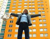 В Волховском и Кировском районах объявили конкурсы на покупку жилья для сирот
