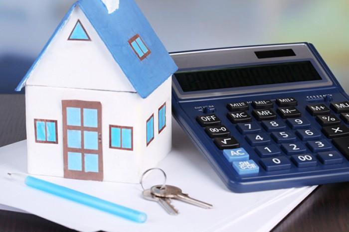 Объем коттеджей и таунхаусов на загородном рынке сократился почти вдвое