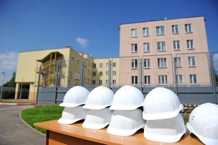 В Буграх и Мурино в рамках федеральной программы построят школы и детский сад