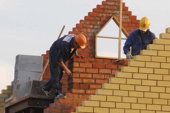 В Ленобласти будут строить меньше жилья