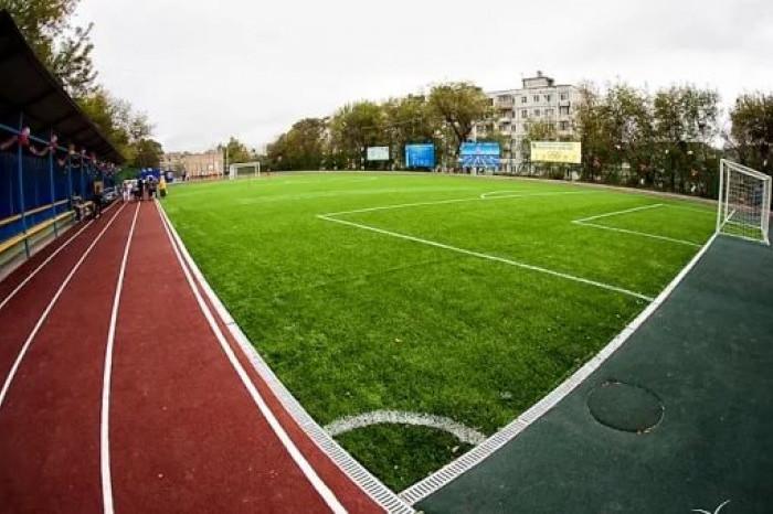 В Лужском районе построили спортивный стадион
